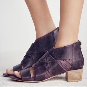 Free People Eclipse leather Sandals size 39 8.5